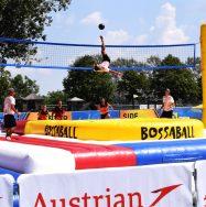 Bossaball ; sportart aus Brasilien